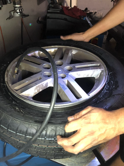 seading the beads on the tire