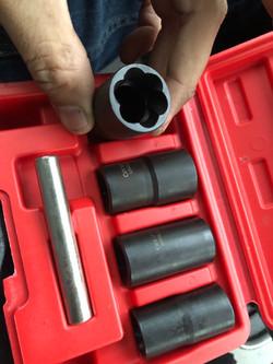 Stripped Lug Nut Removal Tool