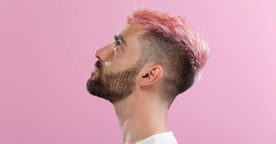 O frio do inverno pode causar ressecamento da pele e da barba, mas há tratamentos específicos para a área na estação (Foto: Getty Images)