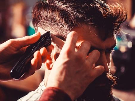 Conheça a melhor barbearia para fazer cabelos e barbas à moda antiga