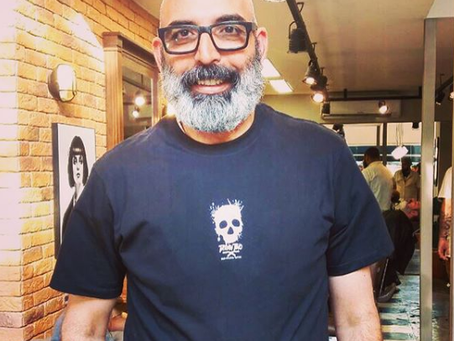 Farzad the Happy Barber na Barbearia Tarantino