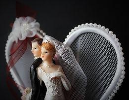 bride-and-groom-1071962_960_720.jpg