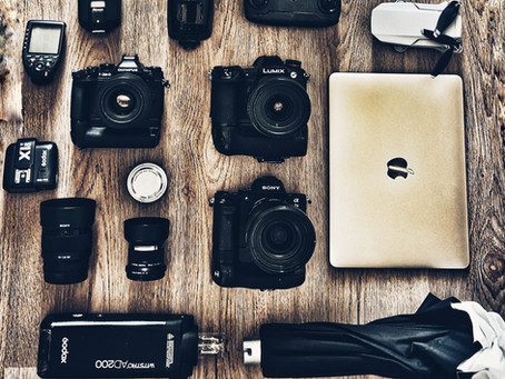 Whats in a wedding photographers bag?