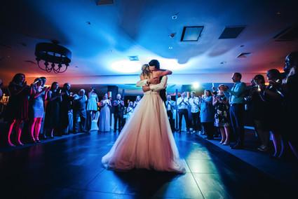 Brautpaar Hochzeit Hochzeitsfeier Hotel Van der Valk Moers Eröffnungstanz Party
