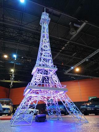 Tour_Eiffel_3,24m_-_Citroën_-_InnovMania