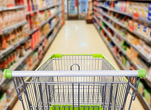 Grocery_Store_Aisle_iStock-961081004_250