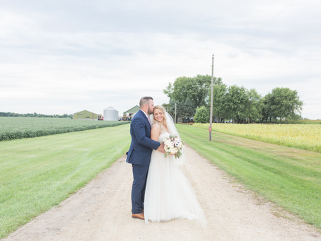 Hollie + Brian's Wedding Day | Hampshire, IL | Emma Belen Photography