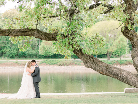 Meagan and David's Wedding Day | The Brix on the Fox, Carpentersville | Emma Belen Photography