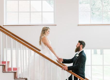 Savanna & Dakotah' s Wedding | Old Coon Check Inn | Beloit, Wisconsin | Emma Belen Photography
