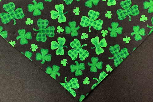 Gingham Clovers