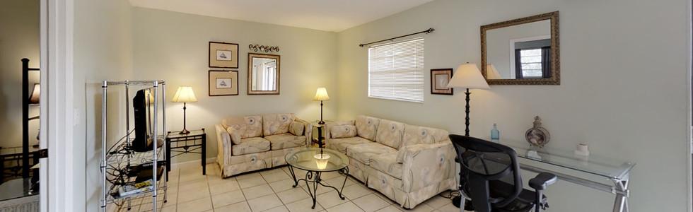 K64f78zT6yB - Living Room(3).jpg