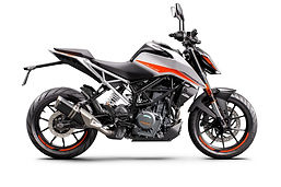 KTM 390 DUKE - right white.jpg