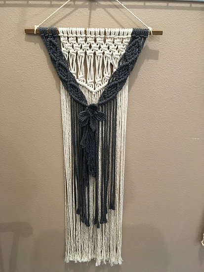 flower macramé wall hanging