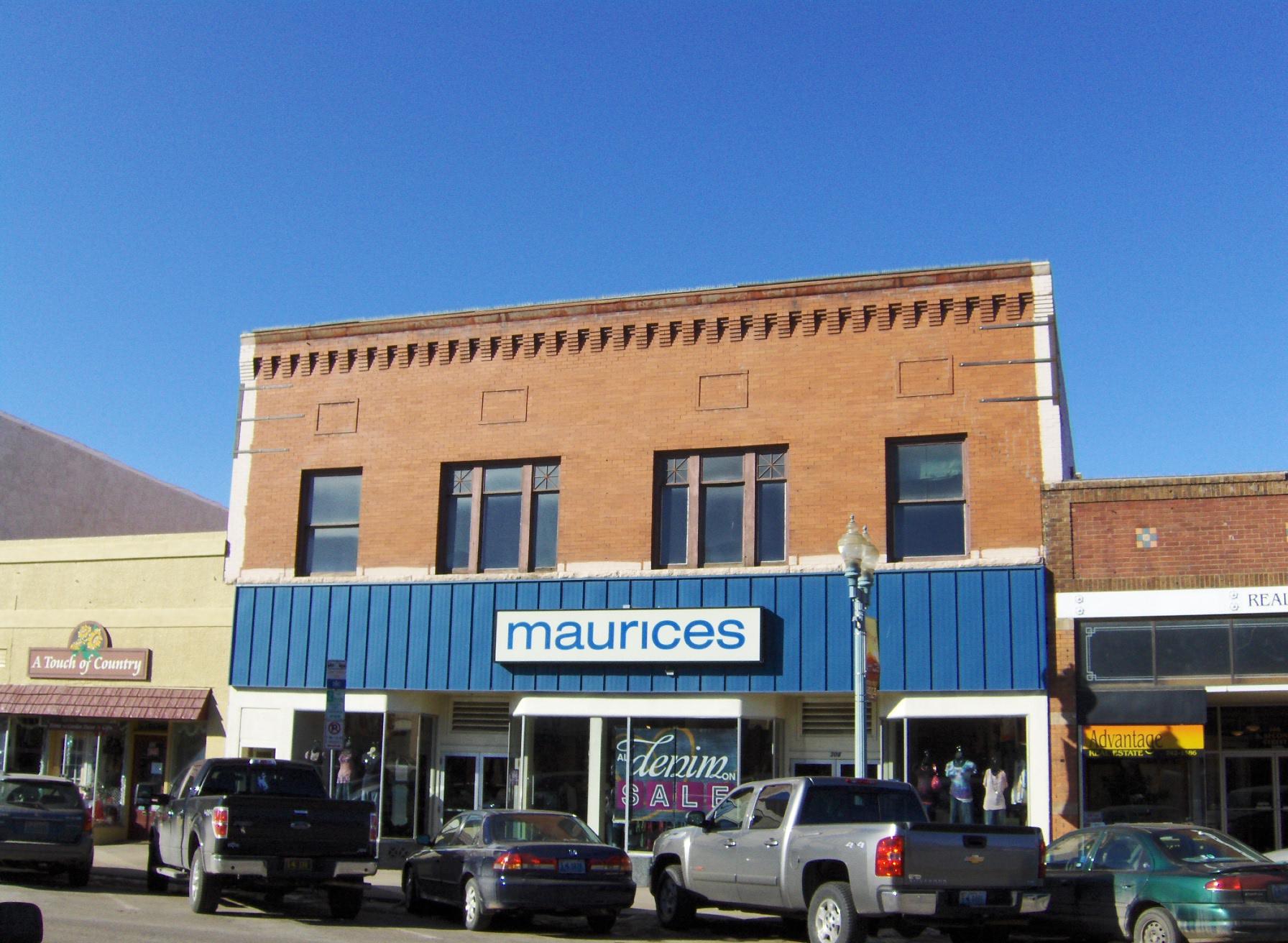 312 2nd Laramie