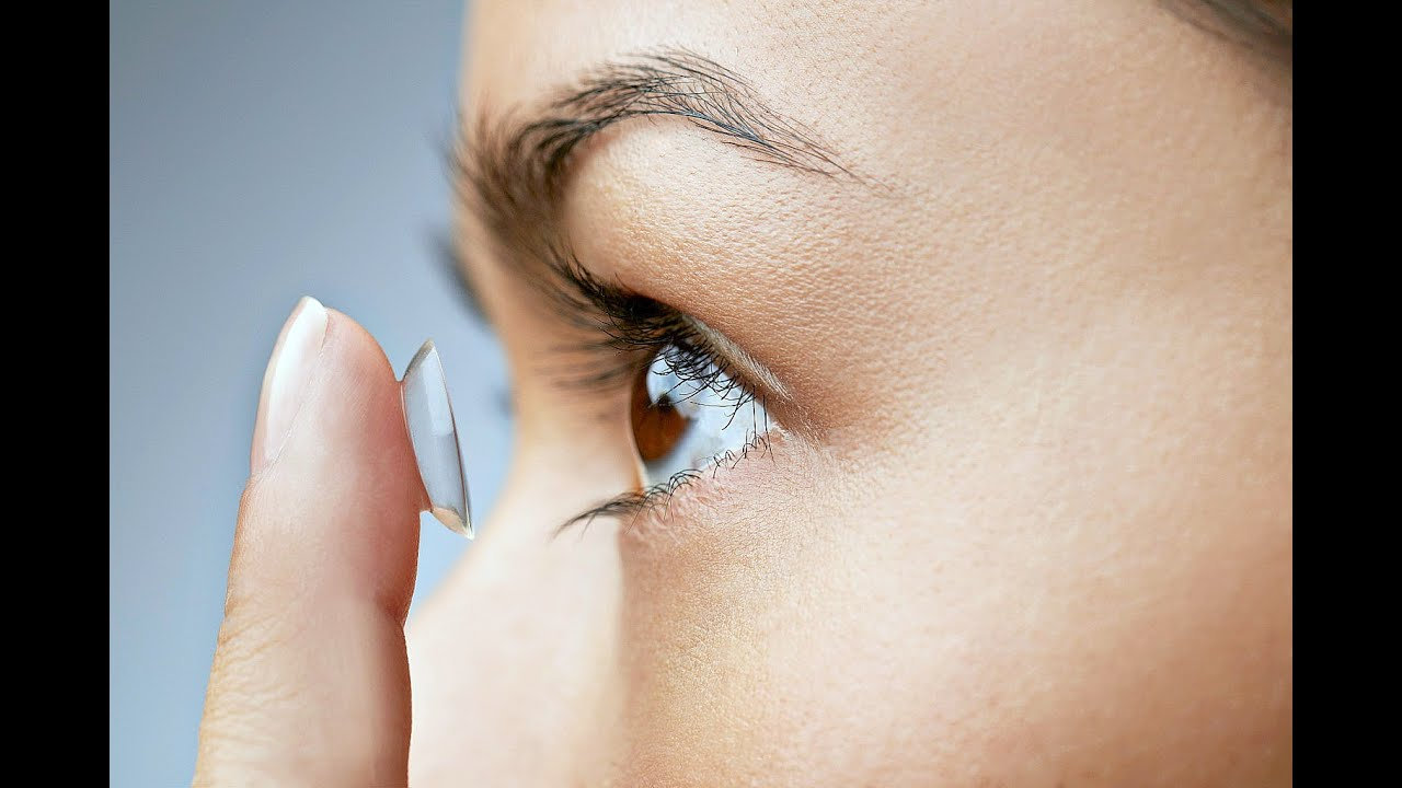Contact Lenses Fitting