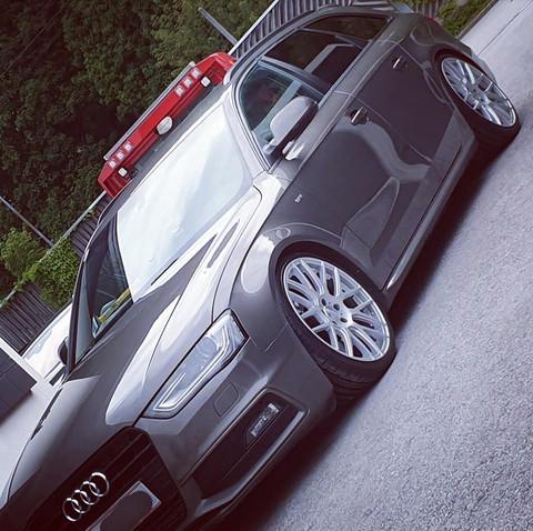 Wheelworld WH26 Audi A4 B8.jpg