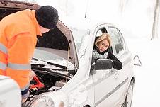 Autopanne, Starthilfe oder Reifenpanne? Wir sind für Sie da! 24 Stunden Abschleppdienst und Reifennotdienst