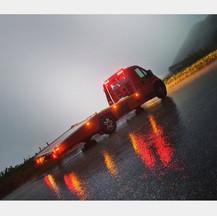 Reifennotdienst, Pannenhilfe, Abschleppdienst und mobile KFZ-Diagnose - wir sind rund um d