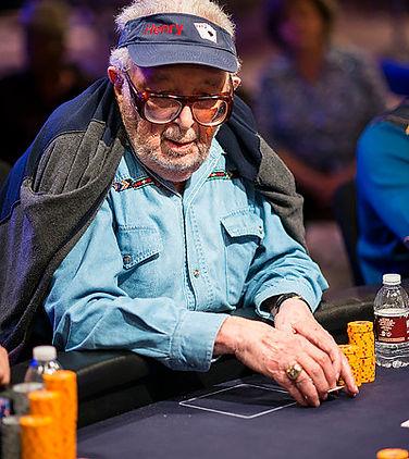 Henry play poker