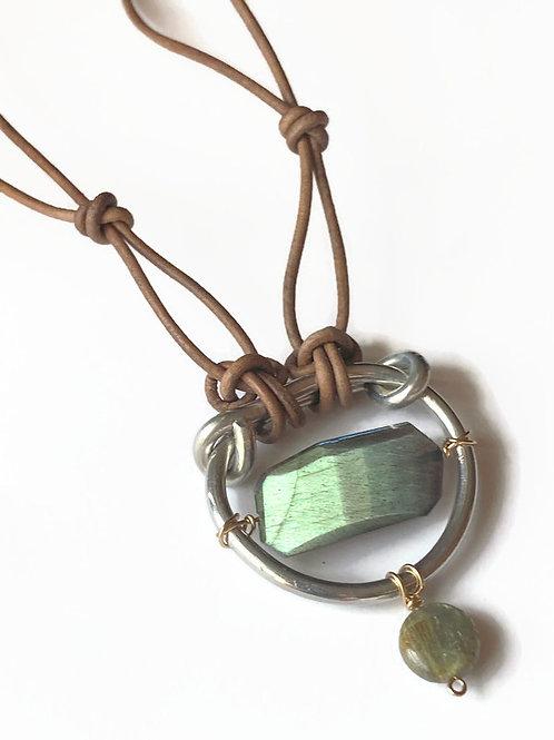 Labradorite stone necklace - adjustable