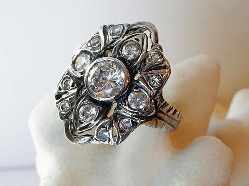 Twillight Ring - Bella Art Deco