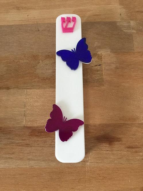 Mezuzá com borboletas