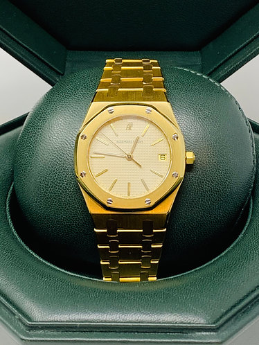 Audemars Piguet Royal Oak 36 mm All Gold Watch