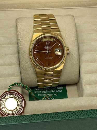 Rolex President 18K Yellow Gold quartz Day-Date 36mm model #19018 wood dial