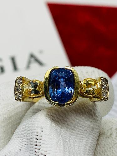 18K Yellow Gold Sri Lanka No Heat Sapphire Ring on Diamond Setting