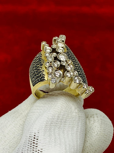14K Yellow Gold Black & White Diamond Estate Ring *Unique Design*