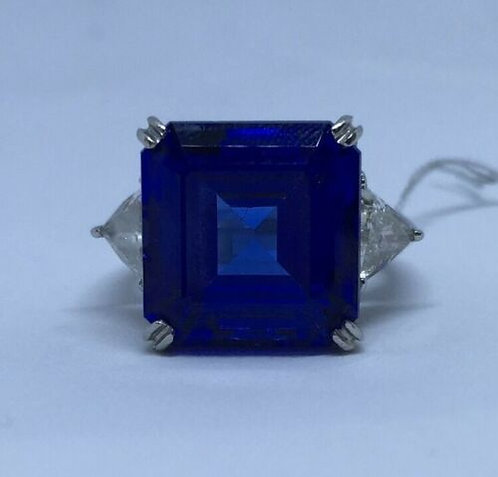 Natural Royal Blue 15Ct TANZANITE PLATINUM Setting w/ Diamonds