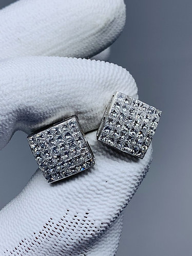 18K White Gold Invisible Set Princess Cut Diamond Earring *Excellent Quality*