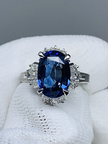 Platinum Sri Lanka Un-Heated Sapphire Ring with Diamonds *GIA Certified*