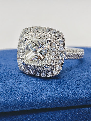 4.52 Carat Princess Cut Diamond Ring 18K *GIA Certified*