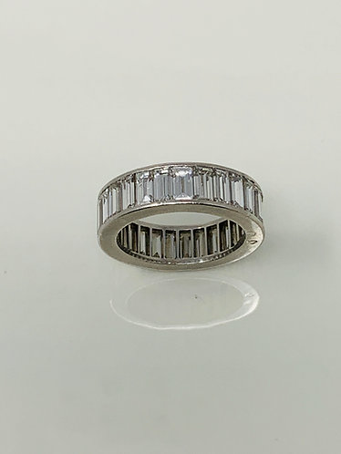 Van Cleef & Arpels Platinum Eternity Ring w/ Baguette Cut Diamonds