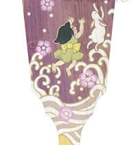 波に乗って月にも届く       桐の羽子板/  アクリル 色鉛筆 2015.3