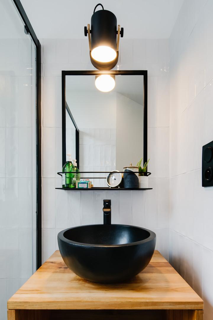 Bathroom sink design