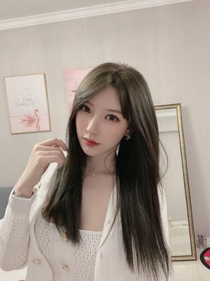 • ⭐上海极品网红模特大密 𝐁𝐮𝐬𝐭*:36D 𝐇𝐞𝐢𝐠𝐡𝐭*:172cm 𝐖𝐞𝐢𝐠𝐡𝐭*:48kg