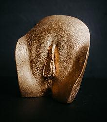 Vulva Statue