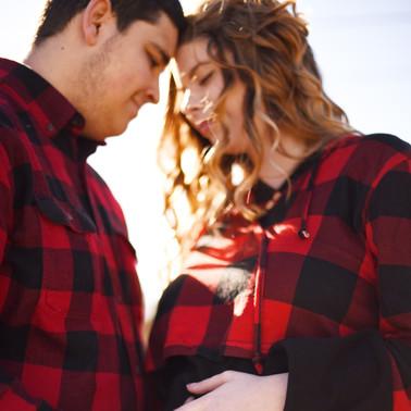 Kaylyn & Chris maternity portraits
