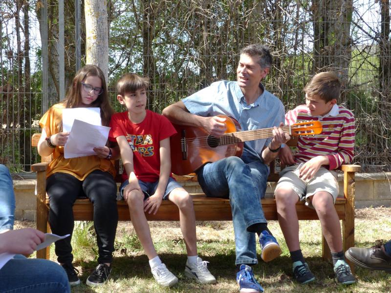 Cantando con la guitarra