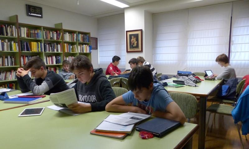 Estudiando intensamente