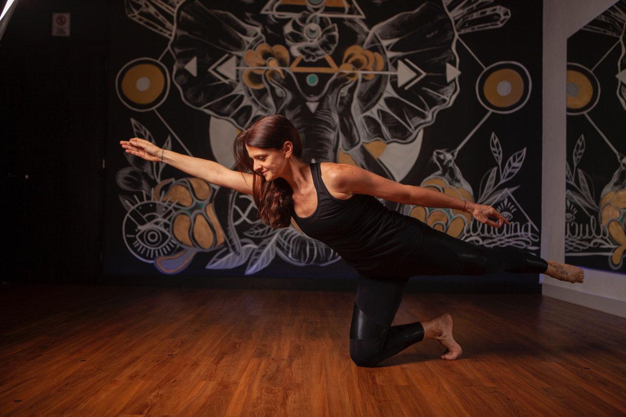 Yoga HIIT                    (10:00 AM)