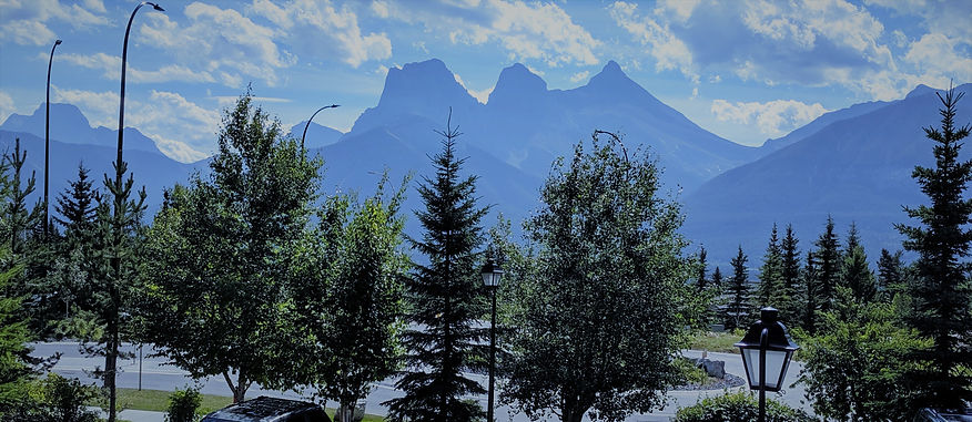 Canmore (resturant view) (2).jpg