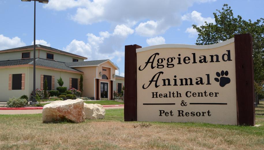 Aggieland Animal Health Center & Pet Res