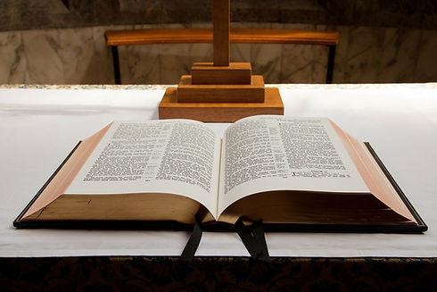 bible-20487_1920.jpg