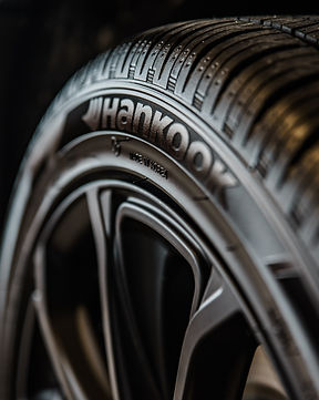 close-up-photography-of-vehicle-wheel-an