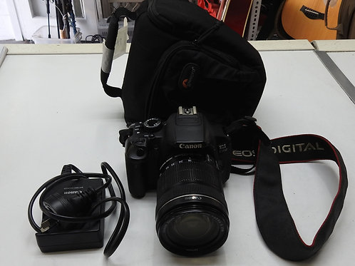 Canon EOS 650D with 18-135 lens all virtually as new