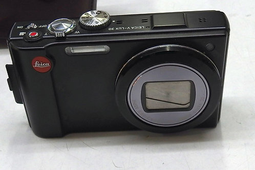 Leica V-Lux 30 with leather case