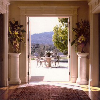 Bay Area Estate - Entry